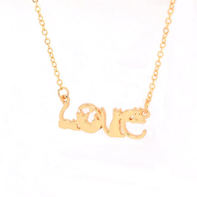 Collier Cat in Love